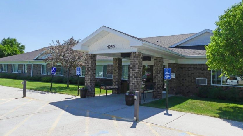 Pheasant Run Apartments in Brookings, SD - Exterior Front Entrance