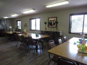 Sunrise Apartments in Yankton, SD - Dining Room