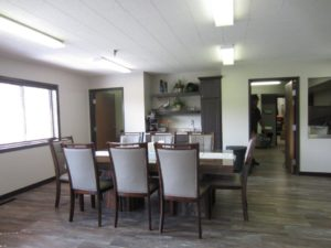 Sunrise Apartments in Yankton, SD - Dining Room Table