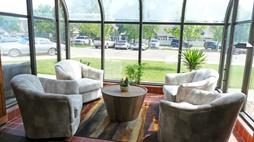 Sunchase Apartments in Brookings, SD - Sunroom