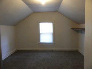 1211 4th Street in Brookings, SD - 3 Bedroom (Upstairs)