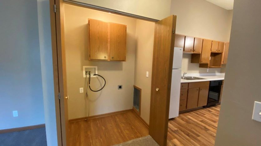 Springwood Townhomes in Watertown, SD - Washer and Dryer Hookups