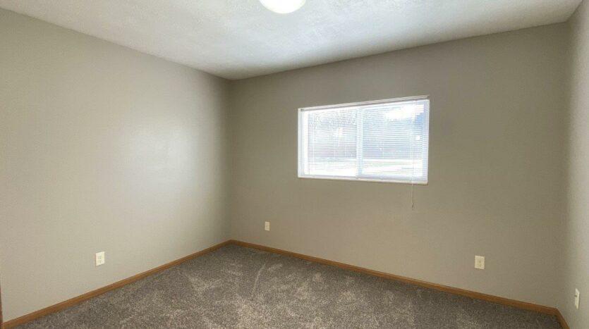 Evergreen Estates in Madison, SD - Bedroom 2
