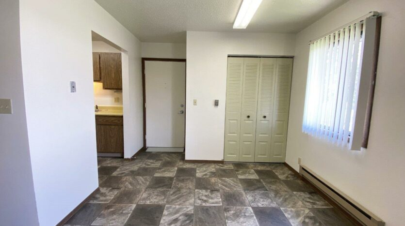Friendship Circle Apartments in Milbank, SD - Dining Area