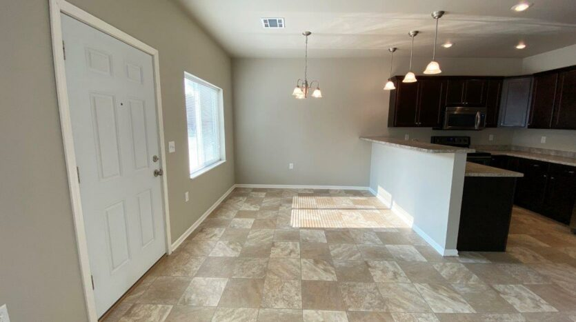 Evergreen Townhomes in Madison, SD - Dining Room