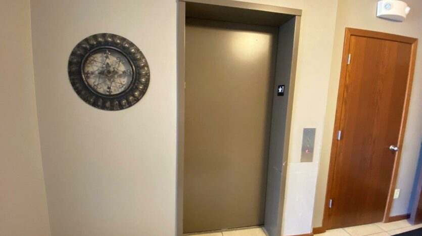 Mills Ridge Apartments in Brookings, SD - Elevator