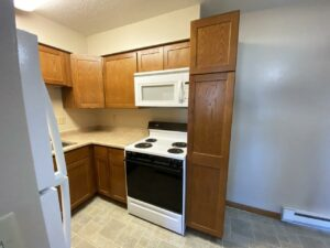 Madison Arms Apartments in Madison, SD - Kitchen 2