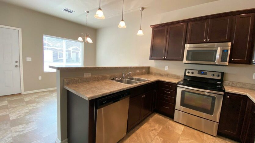 Evergreen Townhomes in Madison, SD - Kitchen