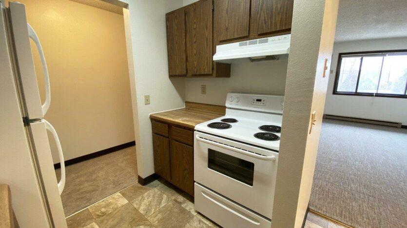 orkshire Apartments in Brookings, SD - Kitchen