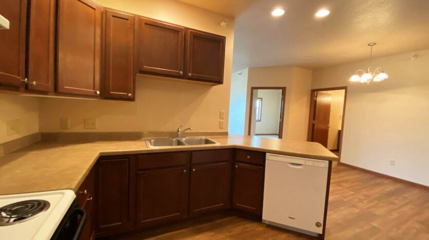 Mills Ridge Apartments in Brookings, SD - Style A Kitchen2