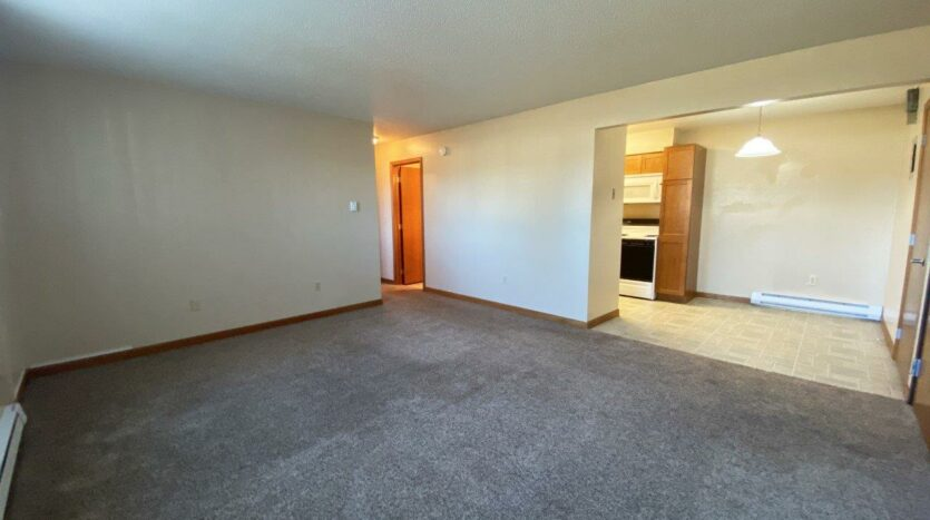 Madison Arms Apartments in Madison, SD - Living Area