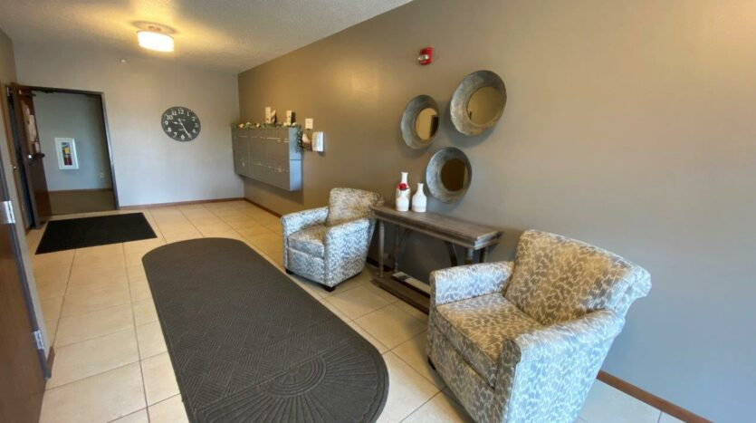 Mills Ridge Apartments in Brookings, SD - Lobby