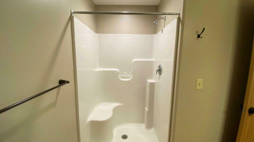 Tiyata Place Apartments in Brookings, SD - Master Bathroom Shower
