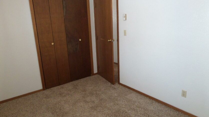 429 8th Ave S / 729 5th St S in Brookings, SD - 729 Bedroom Closet