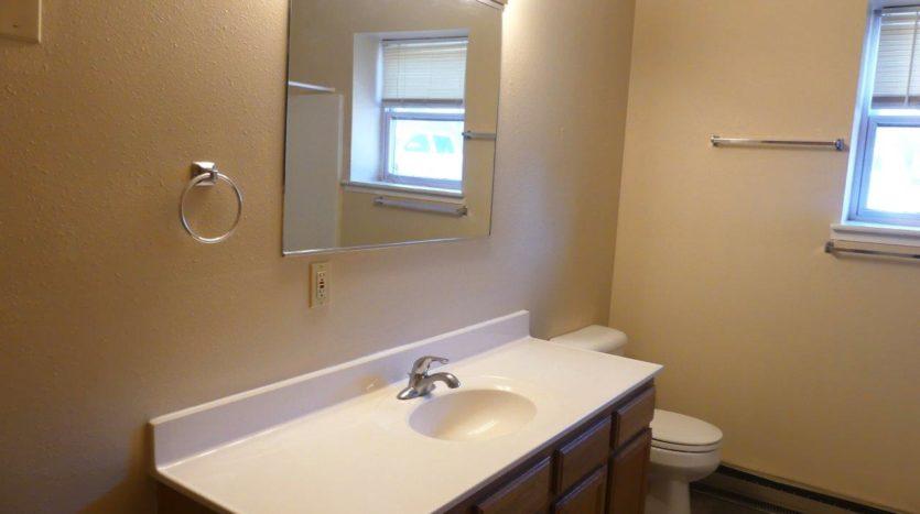 512/514 13th Ave Duplex in Brookings, SD - 514 Bathroom Vanity