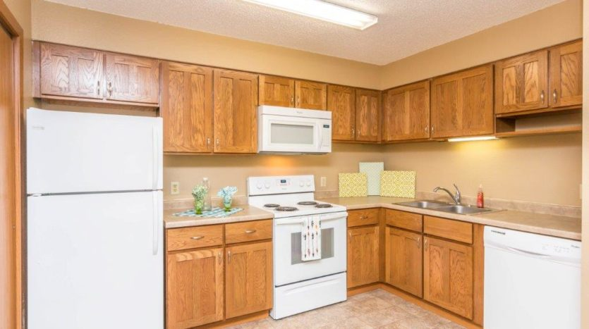 Campus View Apartments in Brookings, SD - Updated Kitchens