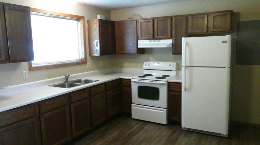 429 8th Ave S / 729 5th St S in Brookings, SD - 429 Kitchen