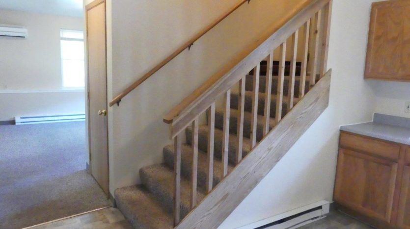 512/514 13th Ave Duplex in Brookings, SD - 514 Entryway Stairs