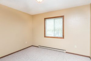 Village Square Apartments in Brookings, SD - Bedroom 2