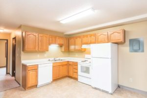Village Square Apartments in Brookings, SD - Kitchen