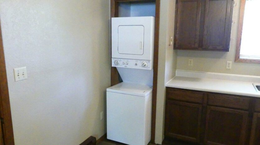 429 8th Ave S / 729 5th St S in Brookings, SD - 429 Kitchen with Laundry