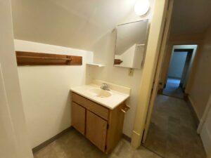 Brownstone Apartments in Brookings, SD - 3rd Floor Apt Bathroom