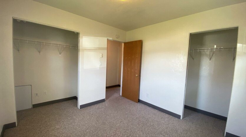 14th Ave. Apartments in Brookings, SD - Bedroom 2 Closets