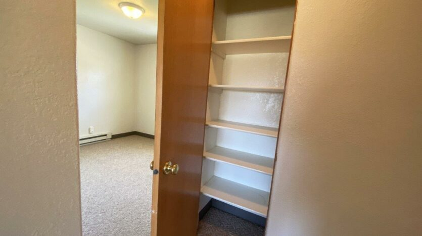 14th Ave. Apartments in Brookings, SD - Linen Closet