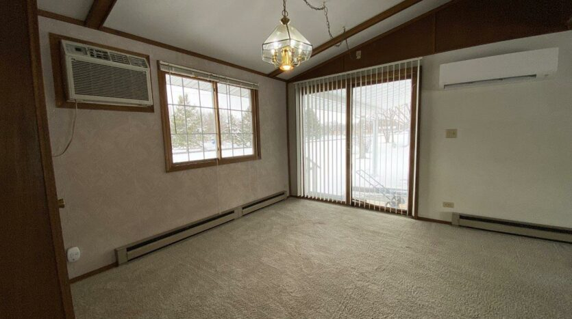 1005 Orchard Drive in Brookings, SD - Dining Room