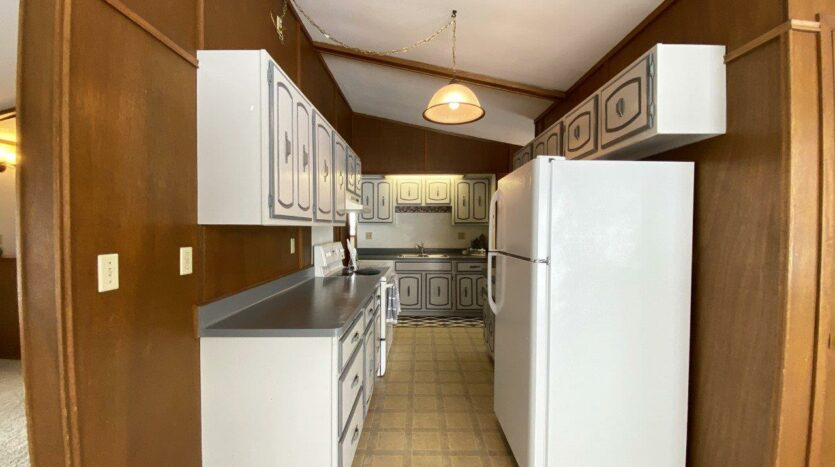 1005 Orchard Drive in Brookings, SD - Kitchen