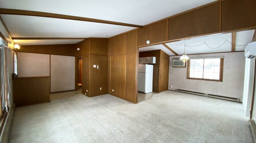 1005 Orchard Drive in Brookings, SD - Living Area