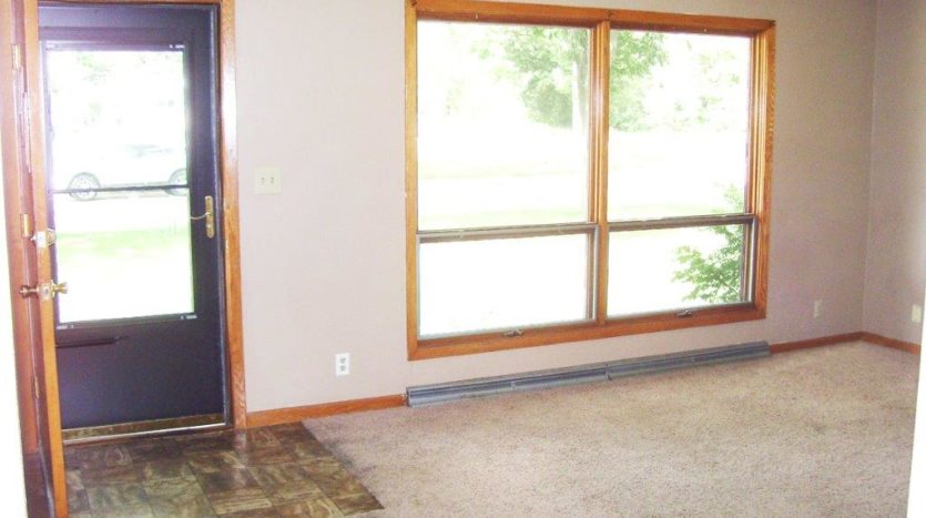 Home for Rent in Madison, SD - Living Area