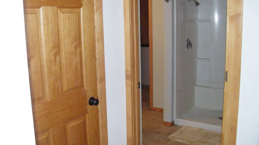 Home for Rent in Madison, SD - Shower