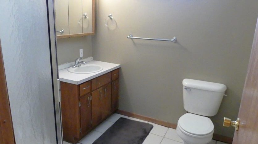 1320 6th Street in Brookings, SD - Bathroom 2