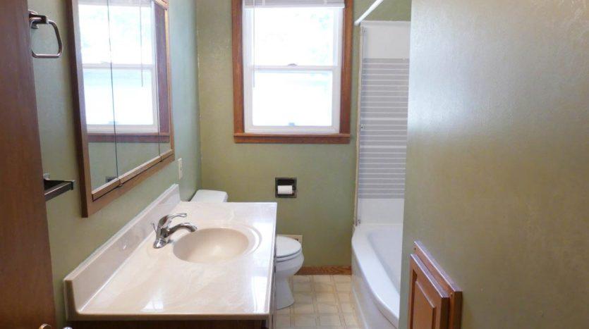 1320 6th St in Brookings, SD - Upstairs Bathroom