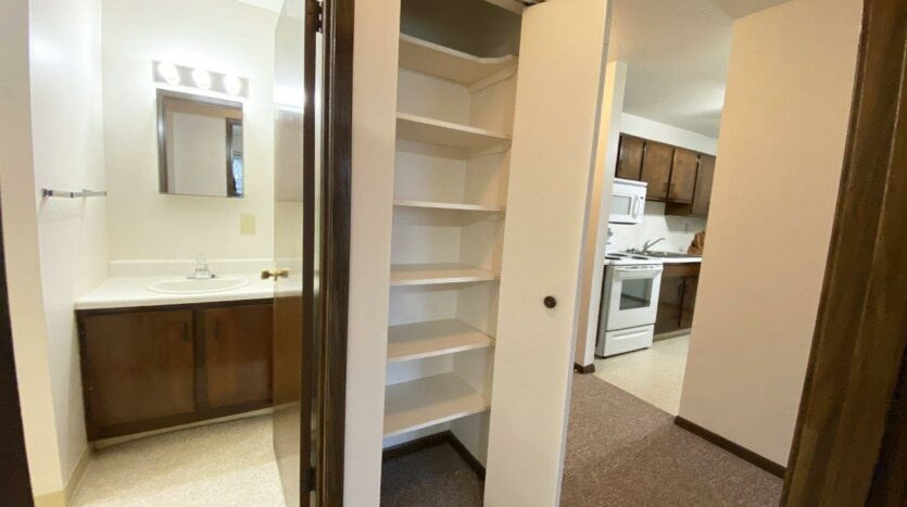 Palace Apartments & Townhomes in Mitchell, SD - 1 Bedroom Apartment Linen Closet