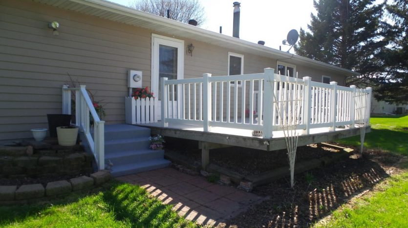 426 E Hwy 14 - Back Deck