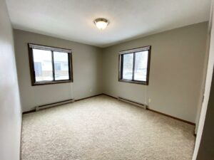 Northland Court Apartments in Mitchell, SD - Bedroom 1