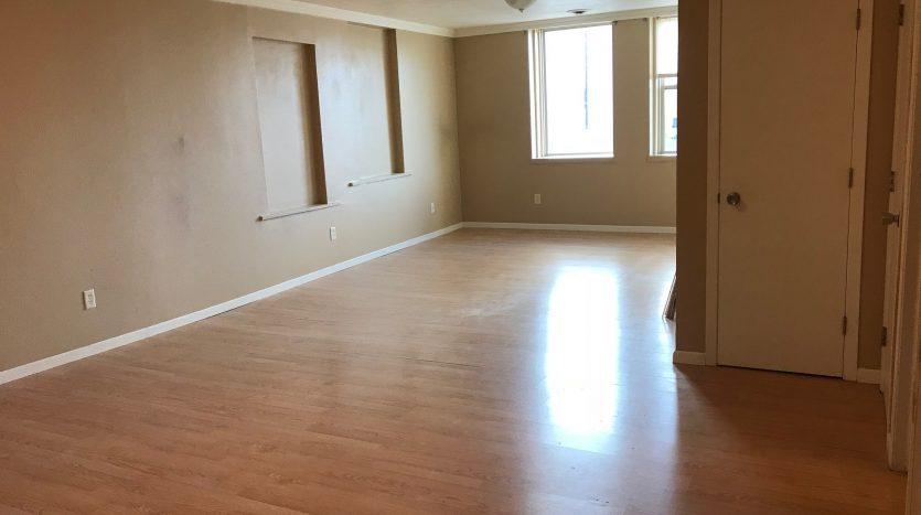 Meridian Lofts in Yankton, SD - Living Room