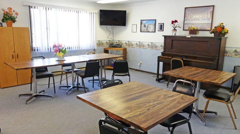 Miller Plaza in Miller, SD - Community Room
