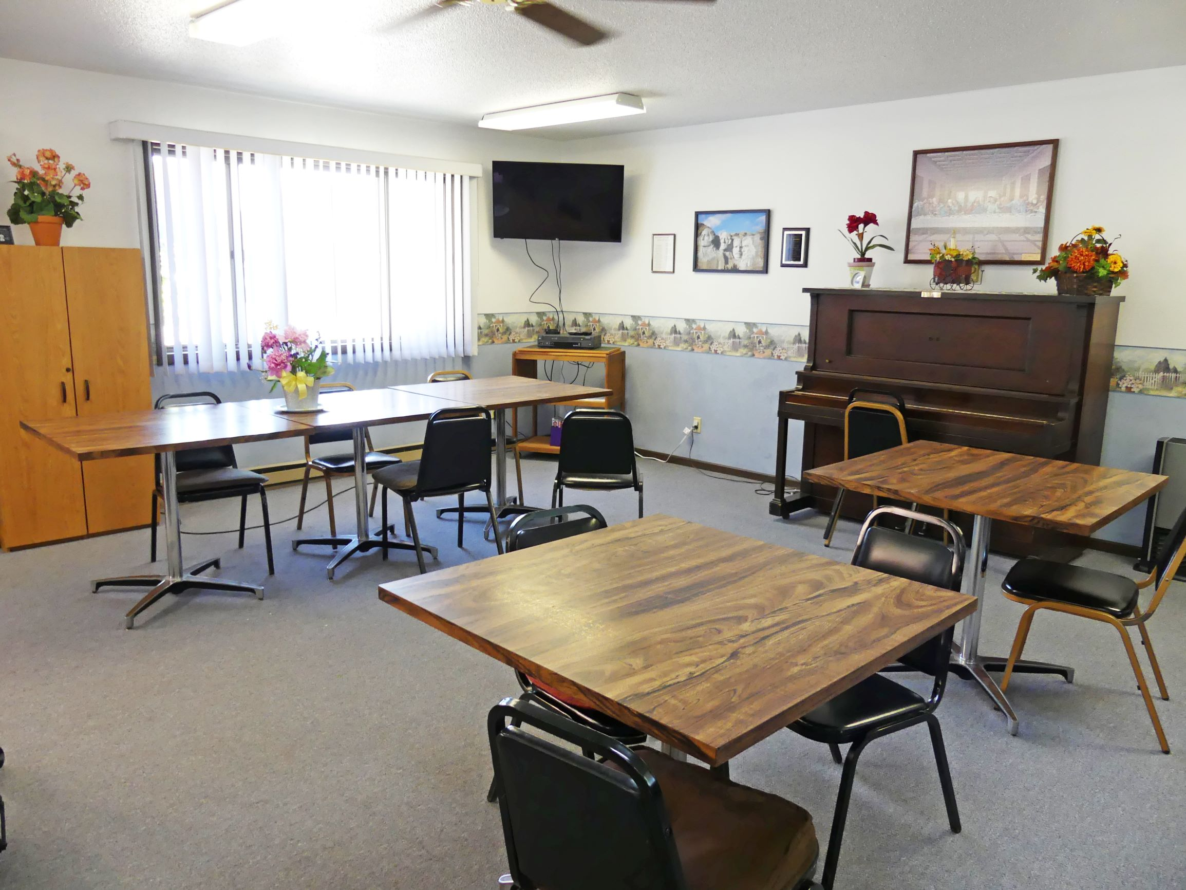 Miller Plaza Apartments in Miller, SD | Mills Property ...