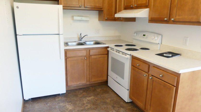 Kanyon Krossing Apartments in Miller, SD - Floor Plan 2 Kitchen