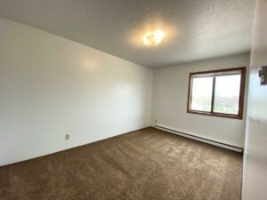 Kanyon Krossing Apartments in Miller, SD - Alternative Layout Bedroom 1