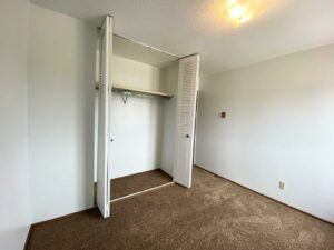 Kanyon Krossing Apartments in Miller, SD - Alternative Layout Bedroom 2 Closet