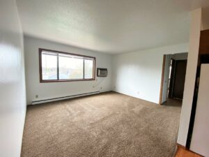 Kanyon Krossing Apartments in Miller, SD - Alternative Layout Living Room2