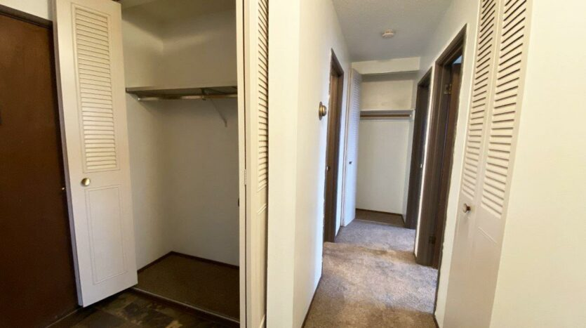 Village Pointe Apartments in Mitchell, SD - Alternative Floor Plan Hallway Closets