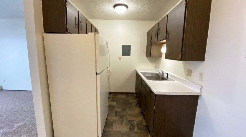 Village Pointe Apartments in Mitchell, SD - Alternative Floor Plan Kitchen