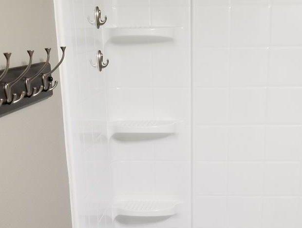 16 11th Street NE in Watertown, SD - Bathroom