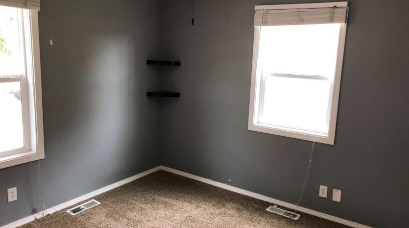 16 11th Street NE in Watertown, SD - Bedroom