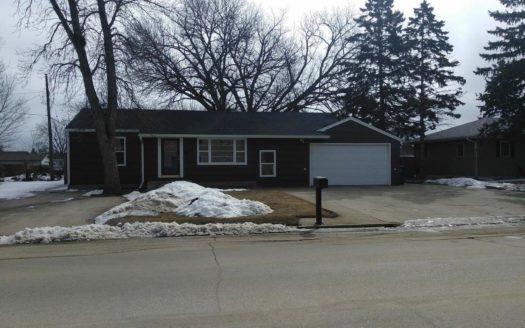 16 11th Street NE in Watertown, SD - Street View
